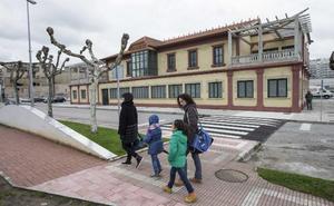 Cuatro empresas concurren a las obras de las oficinas de Cros y las escuelas de Igollo