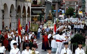 Concurrida procesión de la Virgen Grande