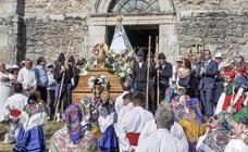 Los pasiegos veneran a su Virgen de Valvanuz