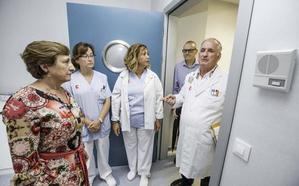 La consejera de Sanidad: «Nadie me ha planteado la posibilidad de dimisión»