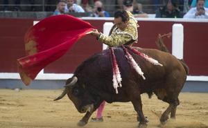 El Cid, Juan del Álamo y Fortes lidiarán el 8 de septiembre a astados de Victorino Martín