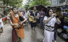 132 puestos y un centenar de actividades para el mercado romano de los Santos Mártires