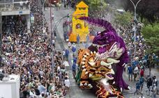 Laredo se prepara para celebrar la Batalla de Flores una semana antes de lo habitual