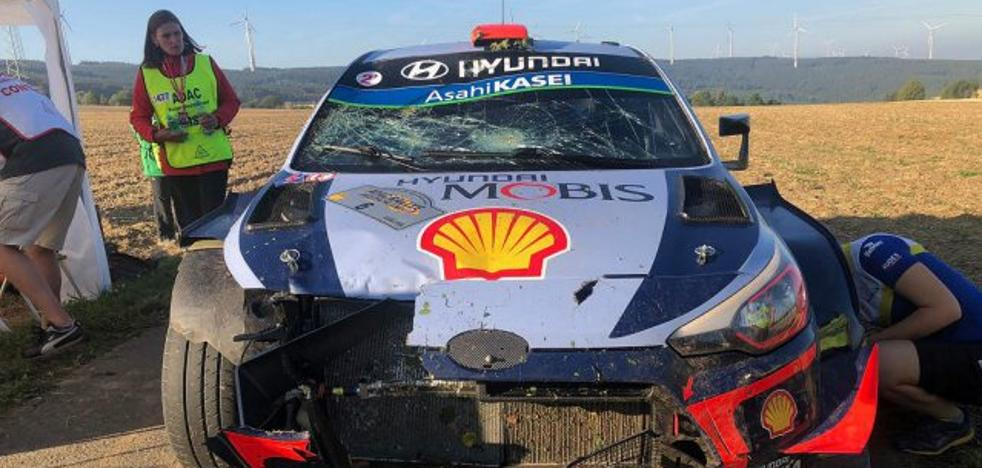Una salida de carretera arruina a Sordo el Rally de Alemania