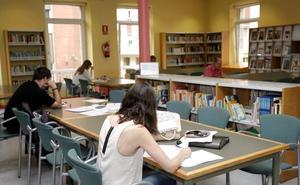 La Biblioteca Municipal Gabino Teira amplía su horario hasta el 10 de septiembre