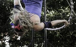 La Machina Teatro invita a soñar 'En el aire' con su nuevo espectáculo de calle