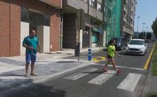 La calle Andalucía de Torrelavega se estrecha para tratar de evitar nuevos atropellos