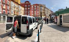La plaza de la Esperanza estrena zona de carga y descarga para los días de mercado