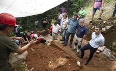 Descubiertos en La Garma nuevos objetos de piedra y restos de una especie extinguida de elefante