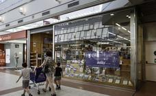 La librería de Estvdio en Valle Real cierra tras casi 25 años en el centro comercial