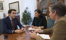Casares acusa a la alcaldesa de participar en un complot para impedir mejorar la financiación