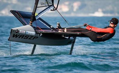 Los espectaculares barcos 'Waszp' abren la competición en la Semana Internacional de Santander