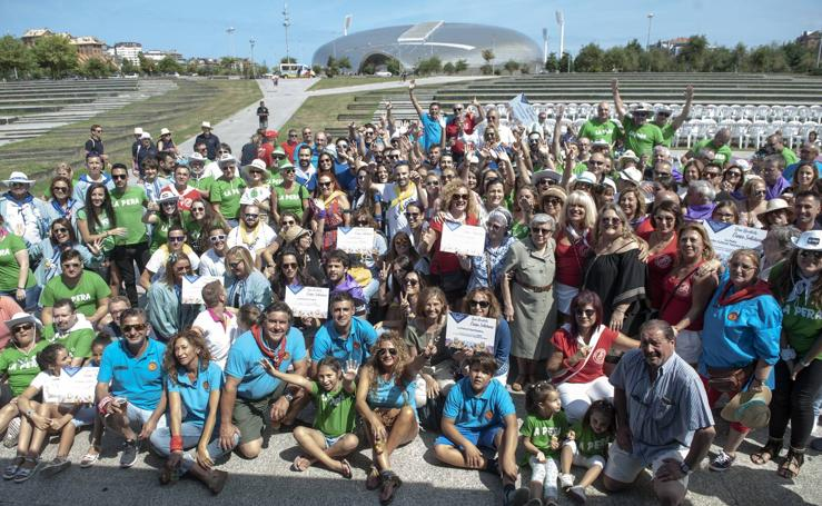 Las peñas de las fiestas de Santander celebran su día