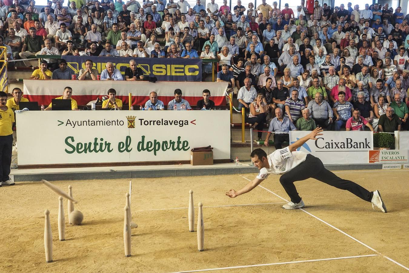 Óscar González suma, con un registro récord de 735 bolos, su séptimo campeonato de España