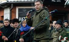 Más de 120.000 personas despiden los restos mortales de Alexander Zajarchenko