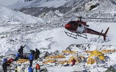 Nepal elimina los intermediarios en las evacuaciones para acabar con estafas