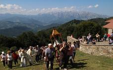 La fiesta en honor de la patrona de Liébana se celebró en su santuario al pie de Peña Sagra
