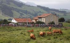 El paso de La Vuelta por Cantabria obligará a cortar varias carreteras durante la etapa
