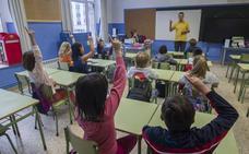 STEC denuncia que hay 4.000 niños sin profesor porque aún no han llegado sustitutos a los colegios