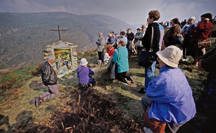 Imágenes históricas de las peregrinaciones a San Sebastián de Garabandal