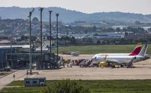 El número de viajeros que pasaron por el Seve Ballesteros en agosto creció un 9,1%