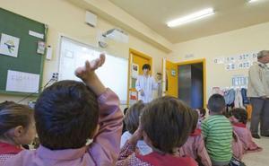 Los profesores proponen recuperar la jornada reducida este mismo curso si se deroga el Real Decreto de Rajoy
