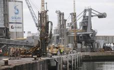 Solvay completa un cargamento récord de carbonato desde el Puerto