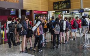 Los tripulantes de cabina de Ryanair amenazan con una huelga para el 28 de septiembre