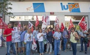 UGT paraliza las movilizaciones en Lupa tras el compromiso de la empresa de mantener el empleo
