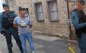 Detienen a «uno de los traficantes más 'fuertes' de la zona centro de Cantabria»