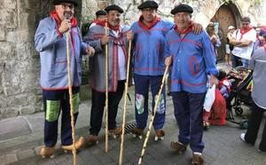 Un millar de romeros se calzan albarcas para rendir homenaje a San Cipriano