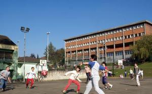 La AMPA del Juan de Herrera pide a los profesores del colegio que «rectifiquen» su actitud
