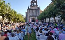 Revilla pide a la Bien Aparecida «salud» y «aprobar los presupuestos» de Cantabria