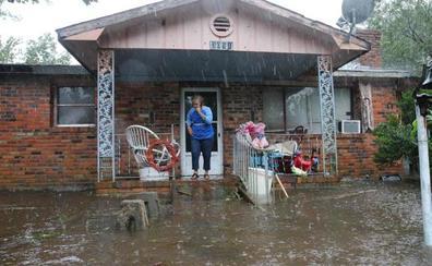 La tormenta Florence se debilita pero deja al menos 15 muertos