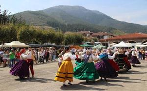 El Día de Liébana cerró los actos de las fiestas de La Cruz en Potes