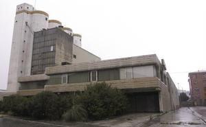 Destruida una obra del arquitecto Miguel Fisac en la demolición de los silos del Puerto
