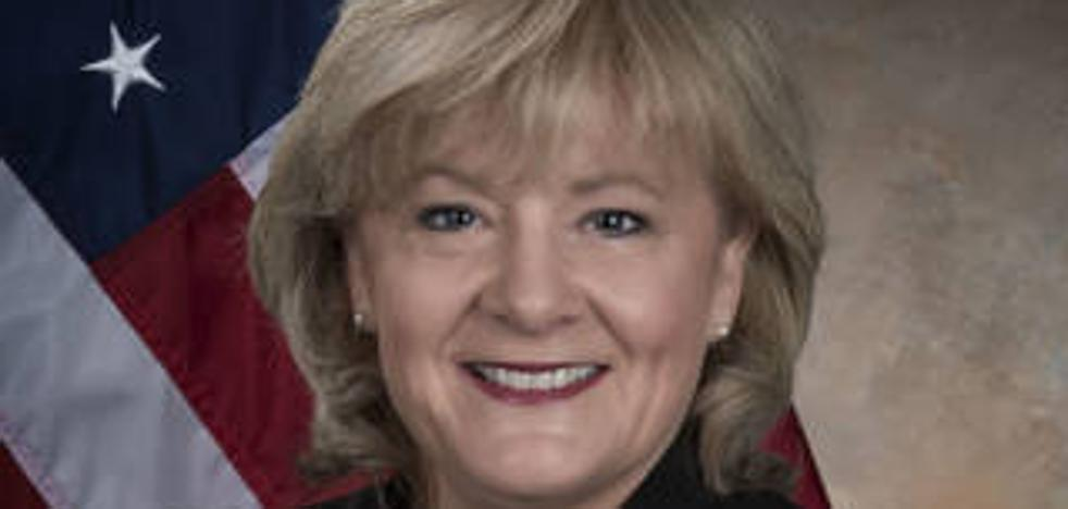 Jody Singer, primera mujer que dirige el Centro Marshall de vuelos espaciales de la NASA