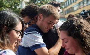 «Dentro del dolor, ver que hay tanta gente arropándonos nos ayuda mucho»
