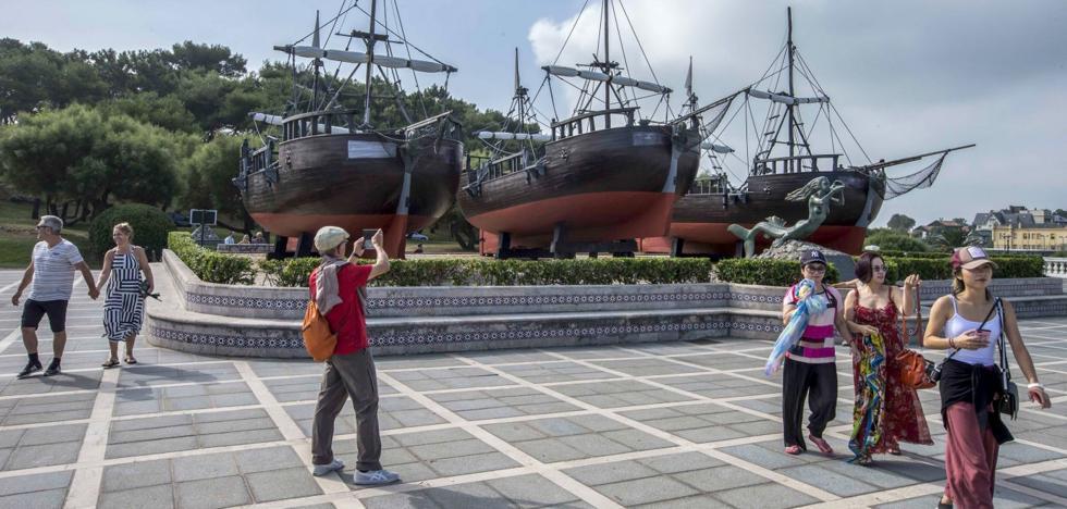 Santander restaura los galeones de Vital Alsar ubicados en La Magdalena