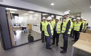 Birla Carbon invierte 5 millones en las nuevas instalaciones y el acceso a su planta de Gajano