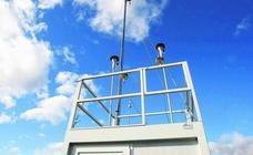 El Gobierno reforzará el sistema de medición del aire para saber la causa del olor en Guarnizo
