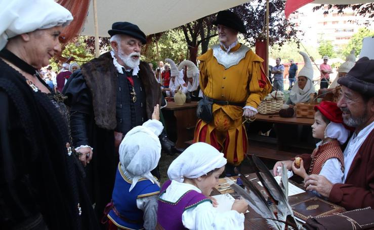 Carlos V se despide de Laredo
