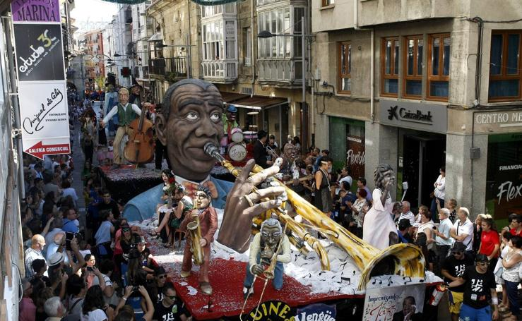 Desfile de Carrozas de San Mateo