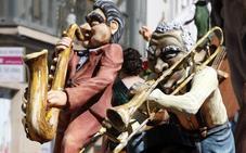 'Improvisando… Jazz' se lleva el primer premio del concurso de carrozas artísticas de Reinosa