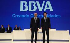 Francisco González delega en Carlos Torres la presidencia del BBVA desde enero