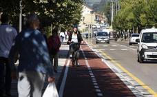 Así es el primer carril bici que entra en la ciudad de Torrelavega