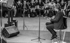 Nacho Vegas presenta 'Violética' en Santander el 30 de noviembre