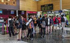 Ryanair modifica sus planes ante la huelga y suspende el vuelo de Santander con Bruselas