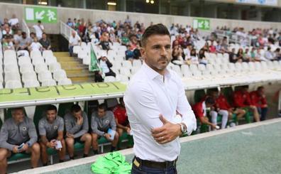 Iván Ania: «En Segunda B no se gana nunca un partido fácil»