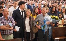 Cientos de personas acompañan a la familia de Celia Barquín en su despedida
